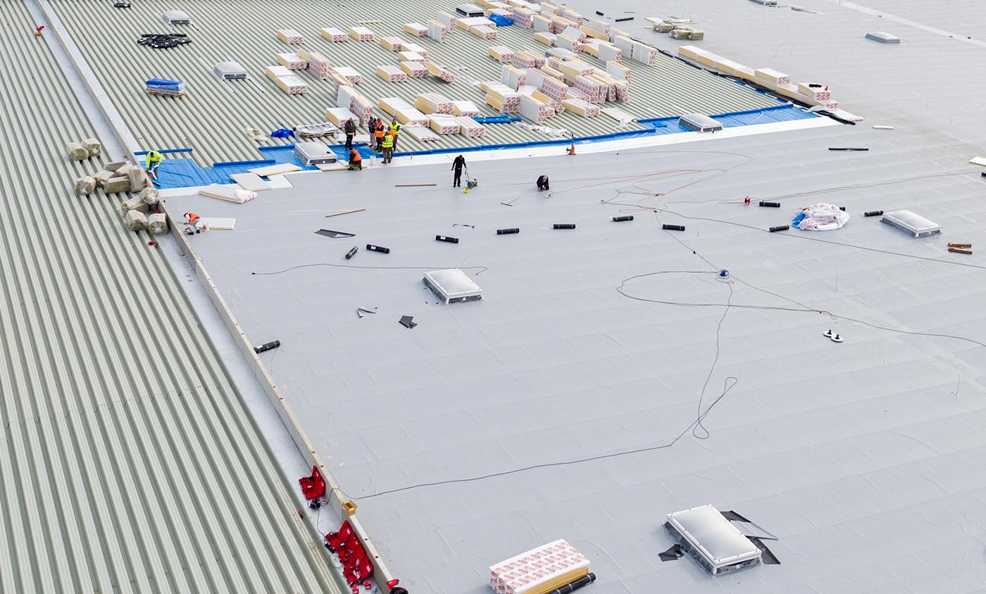 Baudokumentation Nordrhein Westfalen - Dormagen Gazeley - Luftbild Dacharbeiten