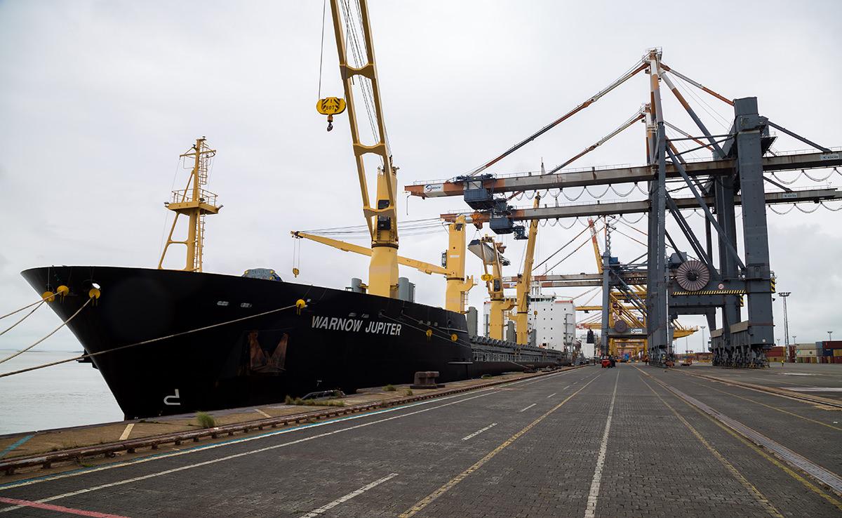Marlow Navigation Video Dokumentation - Eurogate Bremerhaven Schiff Warnow Jupiter
